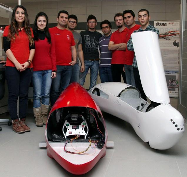 Gediz Üniversitesi Teknoloji Takımı